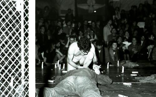 Homme nu, Fete d'Actuel, Cirque d'Hiver, Paris 1982